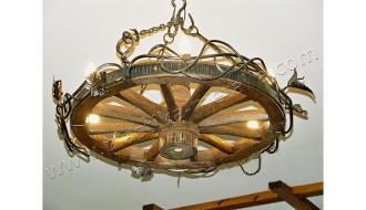 люстра деревянная колесо