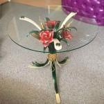 Стол кованый с цветами