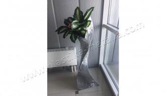 Современная ваза под цветы